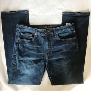 AE Extreme Flex Relaxed Straight Jeans 33 x 32